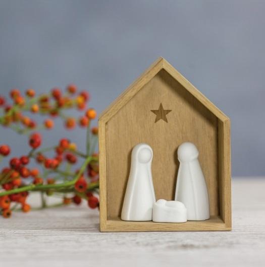 Petite crèche en bois et porcelaine de Räder